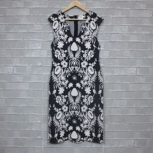 96e883cbd17 Anthropologie Dresses | Floreat Fitted Dress With Pockets Size 4 ...